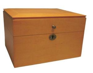 oak coffer 300x236